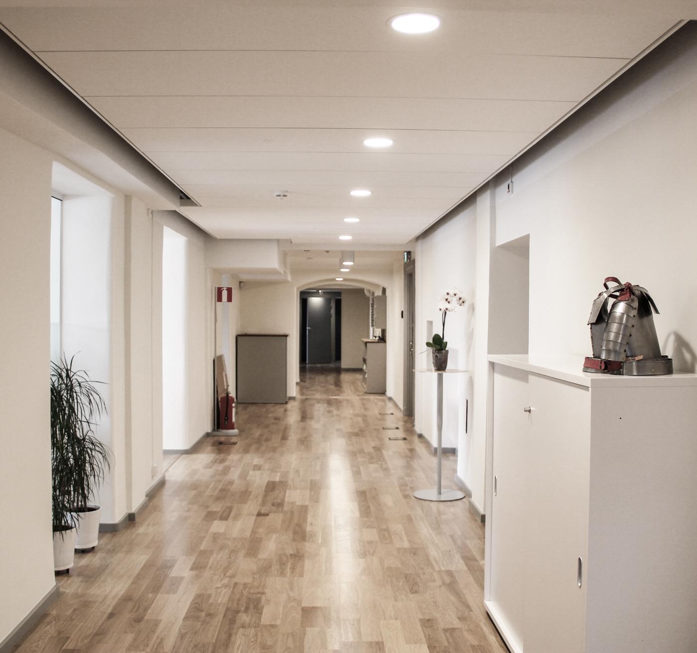 Akustiktak i korridor